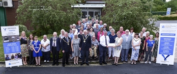AGM large grp photo 19